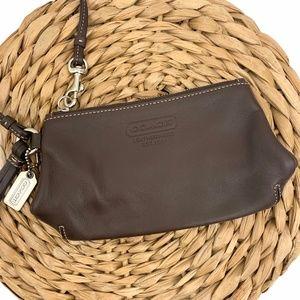 COACH | Brown Leather Wristlet